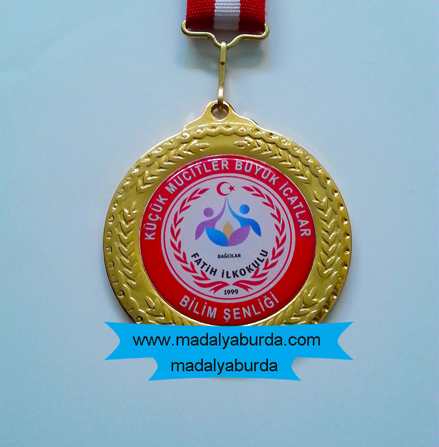 Logolu okul madalyası